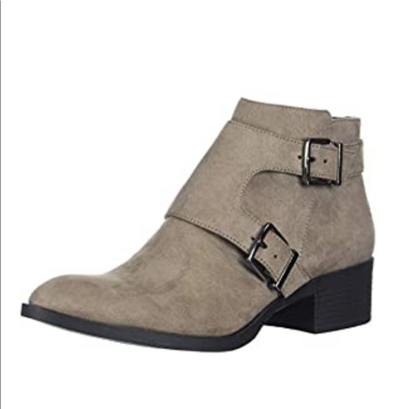 Kenneth Cole Women's Re-buckle Moto Ankle Boot
